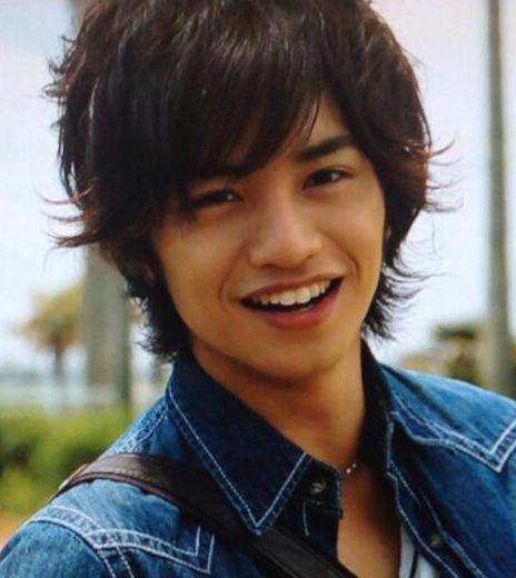 高城れにのの彼氏と噂された中島健人