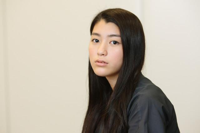 綾野剛の彼女と噂された成海璃子
